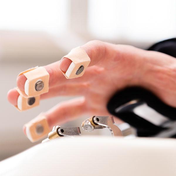 Robotik_Hand_Therapie